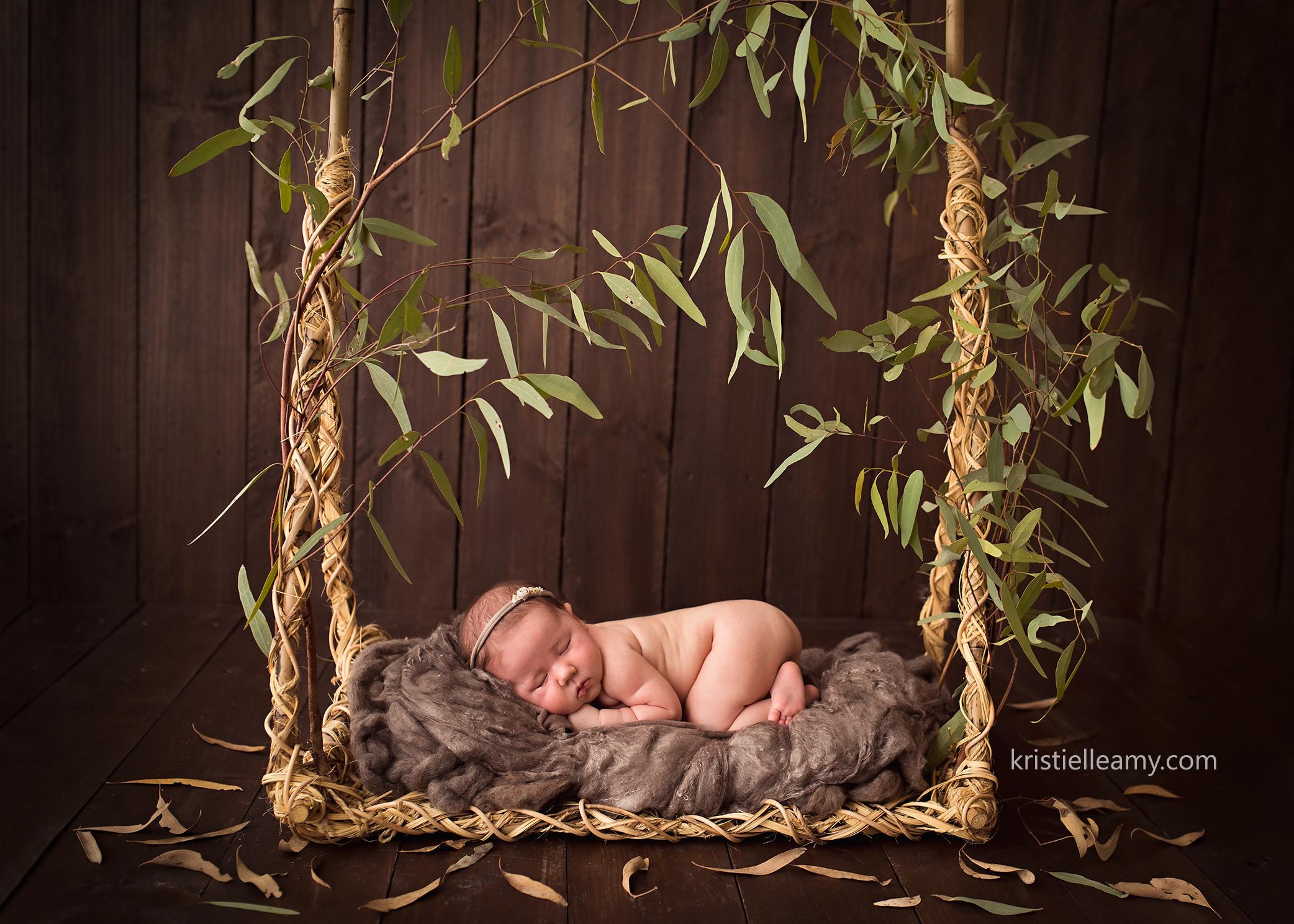 5 week old baby girl echuca newborn photography photographed by echuca newborn photographer kristielle amy photography