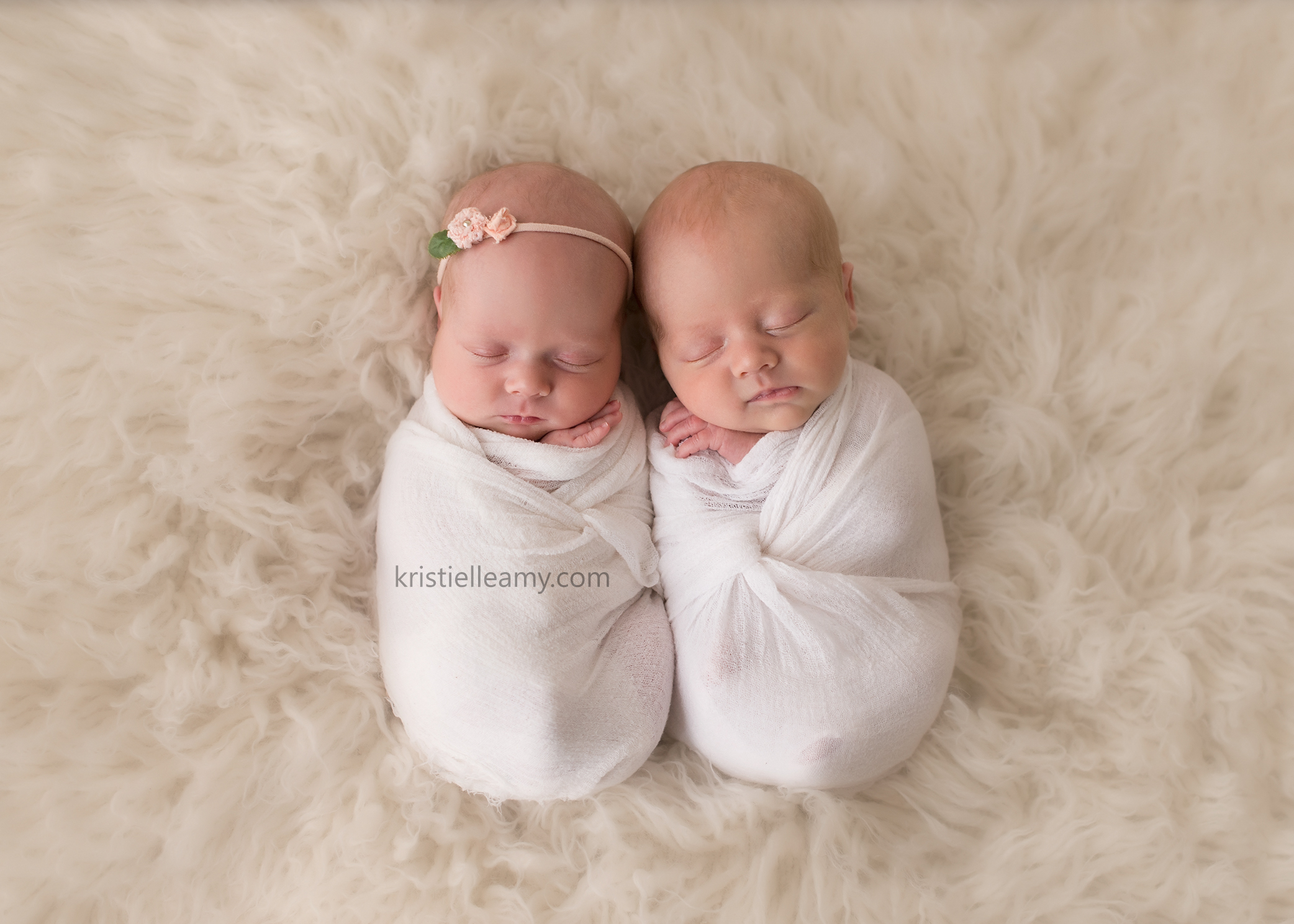 15 day old twins cooper lacey echuca newborn photography